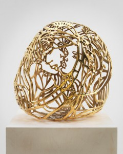 Baisers 1, 2012, Gold plated bronze, 22.5 x 16 x 20 in